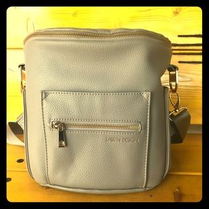 Fawn Design Mini in Grey